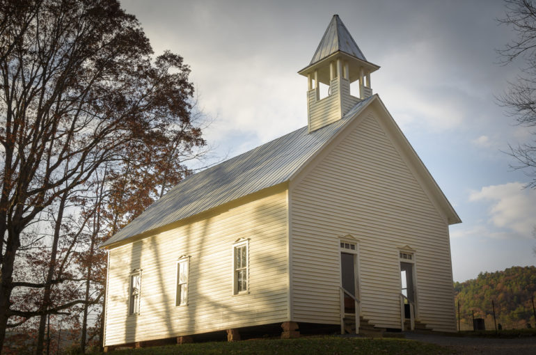 4 Must See Churches in Pigeon Forge TN and the National Park